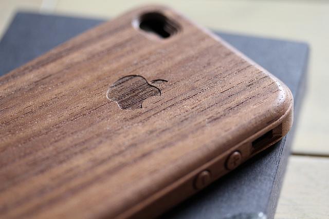 iphone iwood